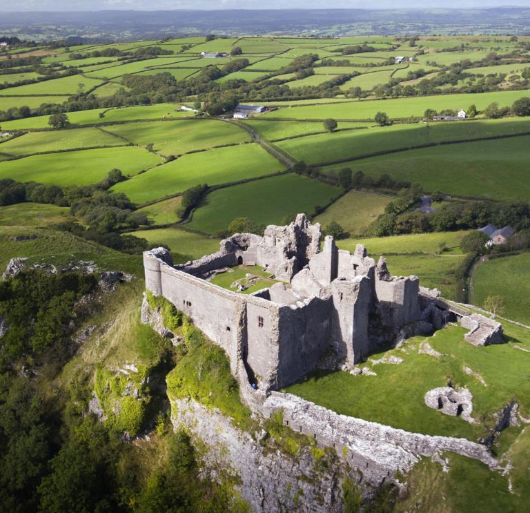 King of Carreg Cennen Castle | Visit Wales